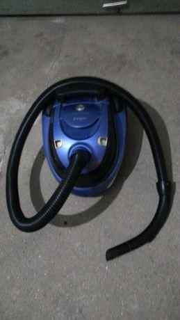 Vendo aspirador marca ufesa 1400w a foncionar na perfeição