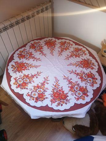 Piękny obrus w kwiaty okrągły średnica 120cm wysyłka kurierem dhl