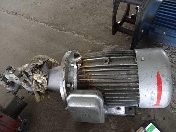Silnik elektryczny 22,9 kW