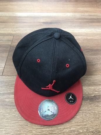 Продам бейсболку кепку Jordan