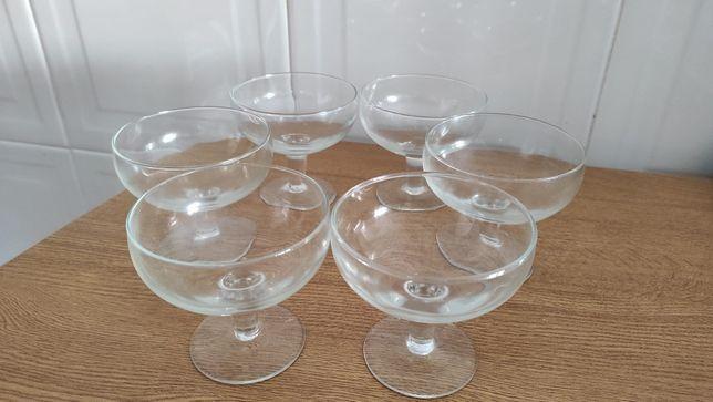 6 taças/copos de vidro