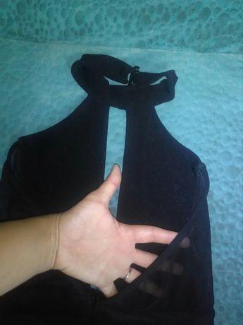 Kombinezon długi z rozcieciem na dekolcie i plecach