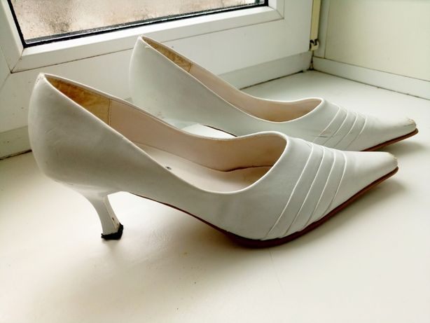 Отдам свадебные туфли