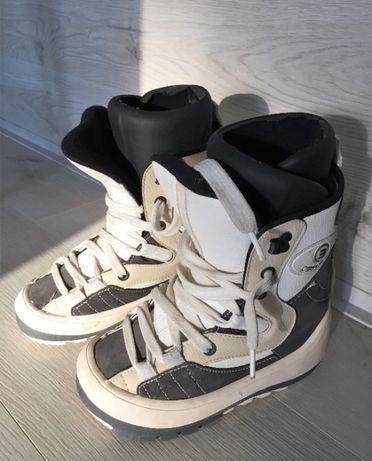 Ботинки для сноуборда размер 36-37