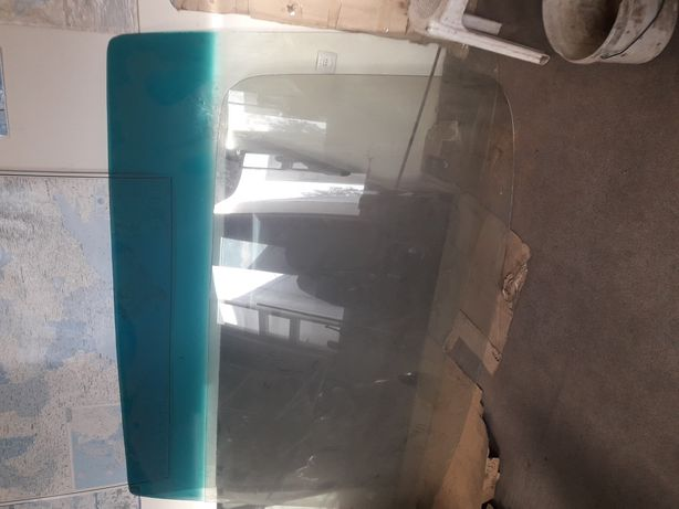 Лобовое стекло автобуса Мерседес 303 и otokar Navigo 165 s