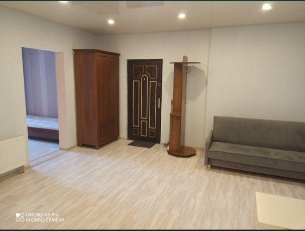продаж 1 кімнатної,студія, Харківське шосе 19