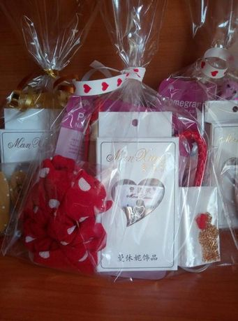 Красный подарочный набор / серьги/ маска/кулон/ручка/резинка