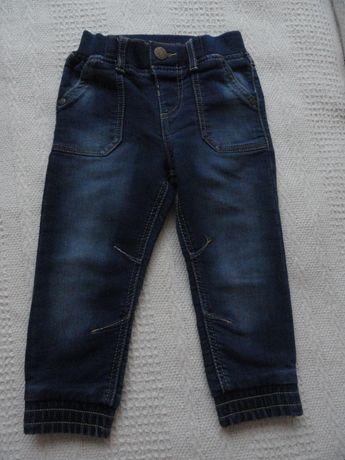 Spodnie dżinsowe chłopięce 18-24 m-ce