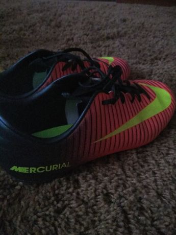 Продаються бутси Nike Mercurial