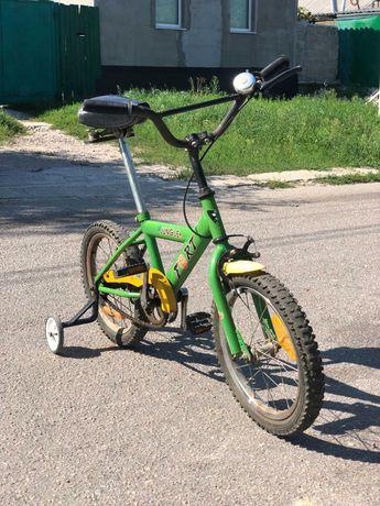 Детский велосипед с колесиками