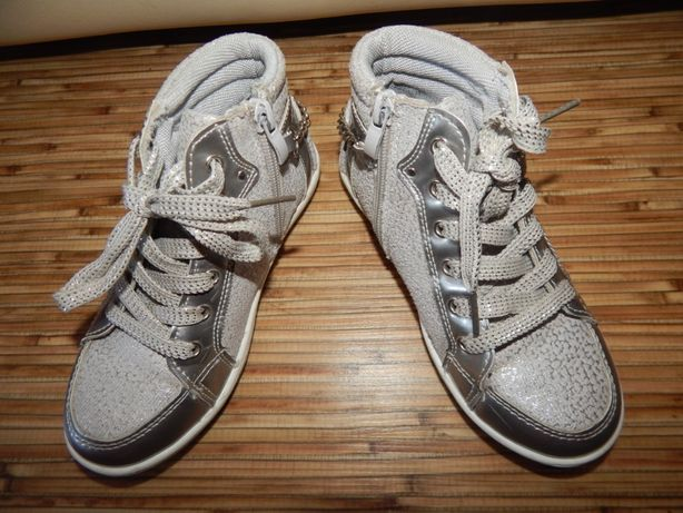 Ботинки Clibee для девочки 29 р. (стелька – 18,8 см)