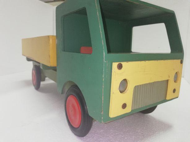 Star dla kolekcjonerów zabawek PRL-u
