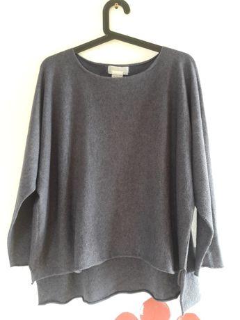 Włoski sweter_bezszwowy_U