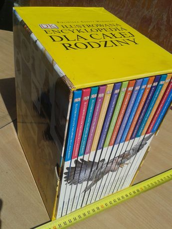 16 tomowa nowa encyklopedia dla całej rodziny,60 zł.