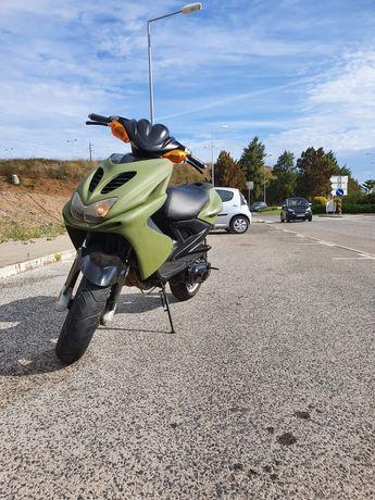 Yamaha Aerox 70c