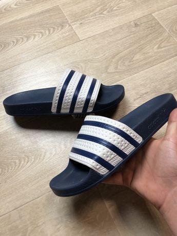 Тапочки Adidas (не nike, шлепки)