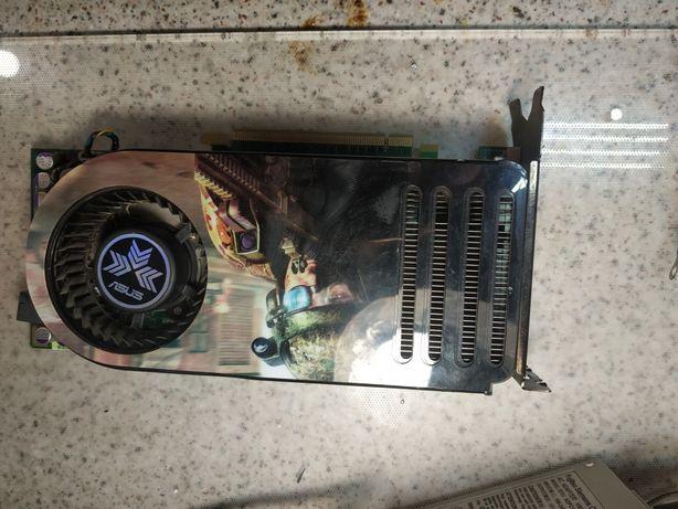 Видеокарта Geforce GTS 8800 не известно ли работает.