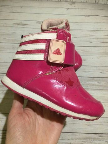 Ботинки сапожки Adidas 15.5 см. 250 грн.