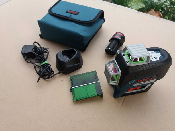 BOSCH GLL 3-80 CG Лазерний рівень,нівелір,уровень.