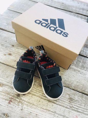Кроссовки adidas 20  размер