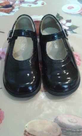 Туфли кожаные . 14.5 см