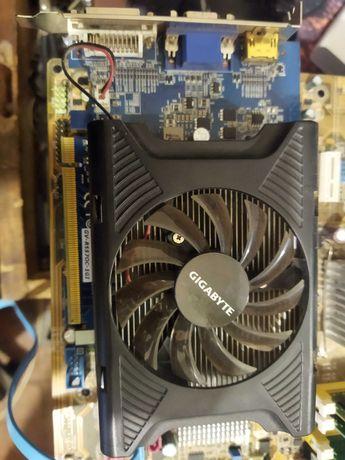 Видеокарта Radeon HD5570 1Gb