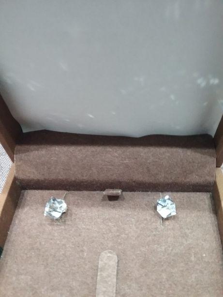 Kolczyki kryształki