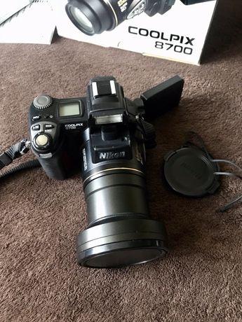 Aparat Cyfrowy Nikon Coolpix 8700 + gratisy