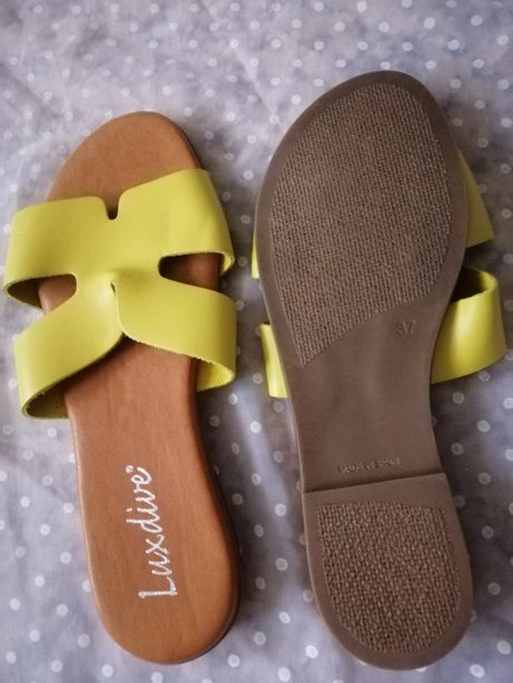 Новые кожаные шлепанцы Испания
