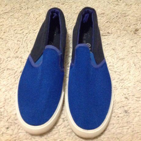 Sapatos de lona azul n.38.