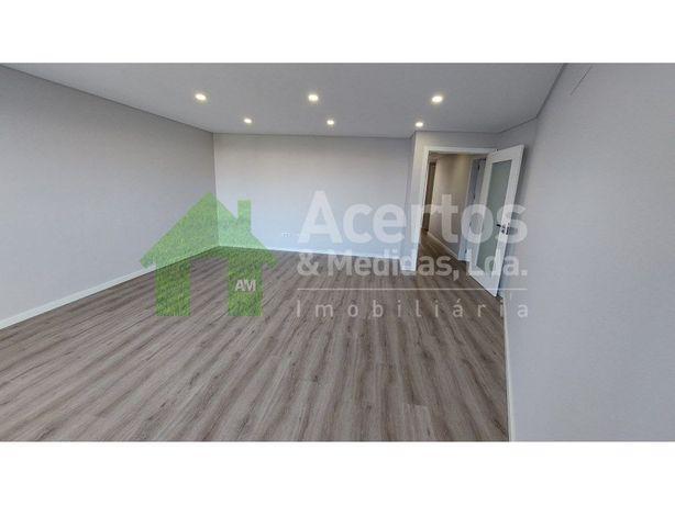 Apartamento T3 + 1   Vista Mar