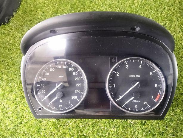 BMW X1 e90 e91 e92 benzyna Licznik zegary