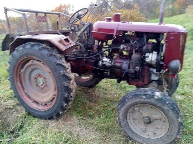 Продам трактор DT-20