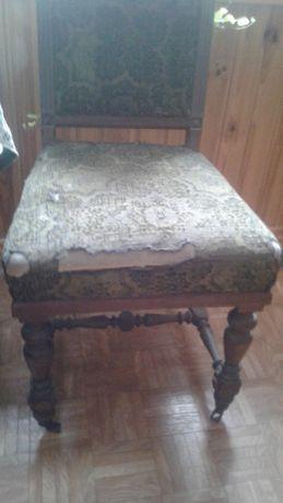 Stare francuskie krzesło
