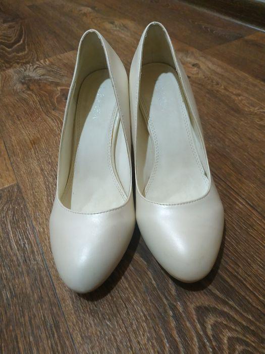 Продам кожаные туфли Белая Церковь - изображение 1