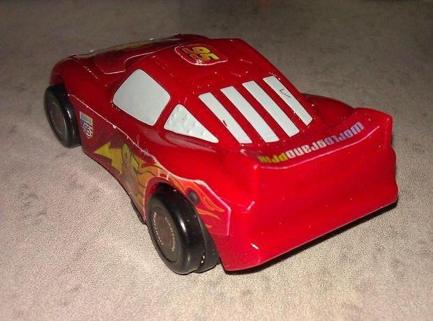 Детская машинка красная из м/ф ТАЧКИ