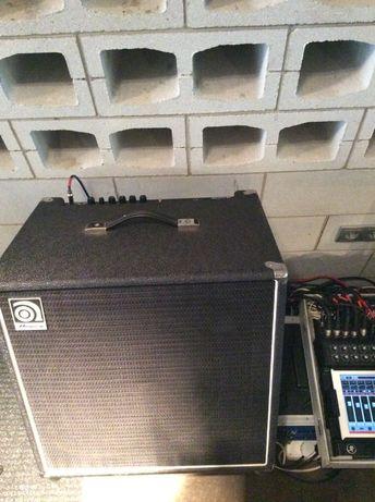 Ampeg BA115 HP, басовий комбік