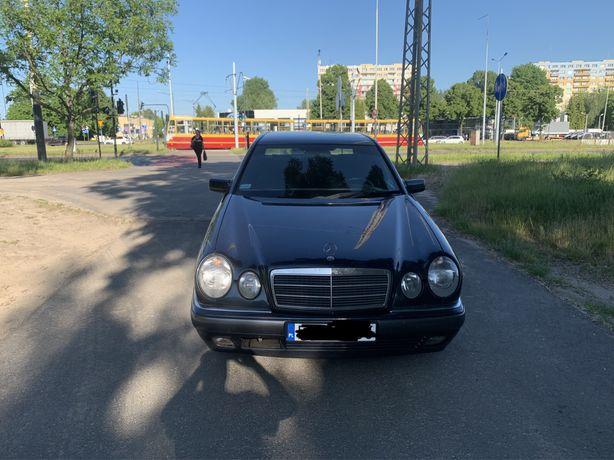 Mercedes w210  1999r2.5 disel klima elektryka alusy