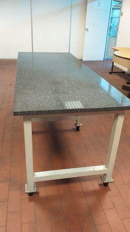 Mesa de mármore perfeita para trabalho