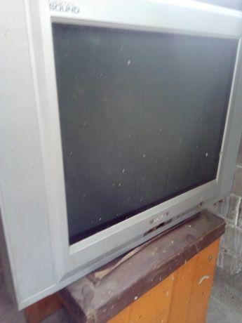 Телевизор АKIRA бу.
