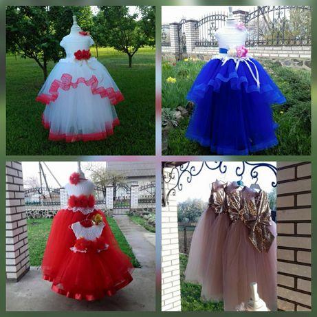 Платье новогоднее бальное фатиновое снежинка на 6-7 8 9 10 лет год