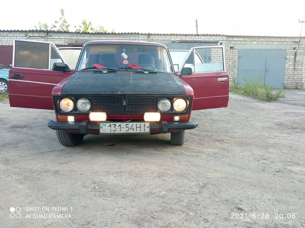 Продам срочно ВАЗ 2103