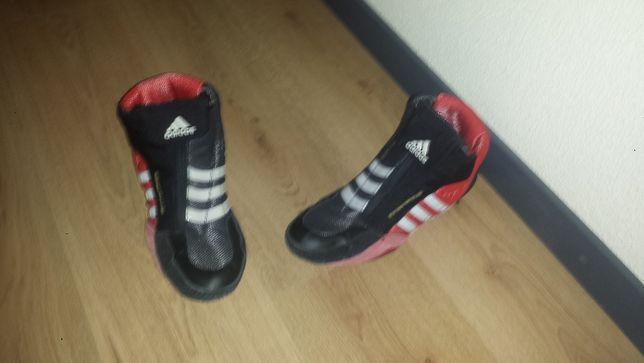 Vendo Adidas Wrestling