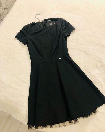 Sukienka SIMPLE rozmiar XS 34 ideał czarna tiul kloszowana