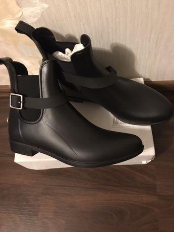 Ботинки резиновые Sugar Chelsea Round Toe Synthetic Rain Boot