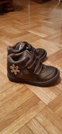 Продам черевички Chicco на дівчинку
