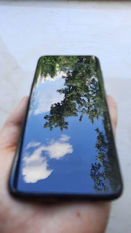 Samsung Galaxy s8 (как новый) чехол в комплекте