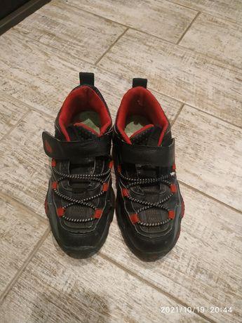 Кроссовки на мальчика 20,5-21см