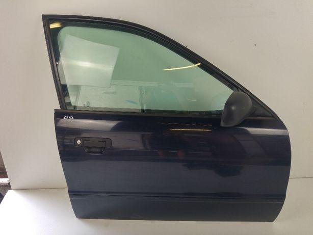 Audi A4 B5 Drzwi Przednie Prawe Prawy Przód Kod Lakieru LY5L