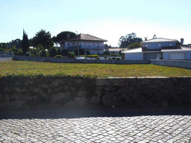 Terreno em Vila Chã